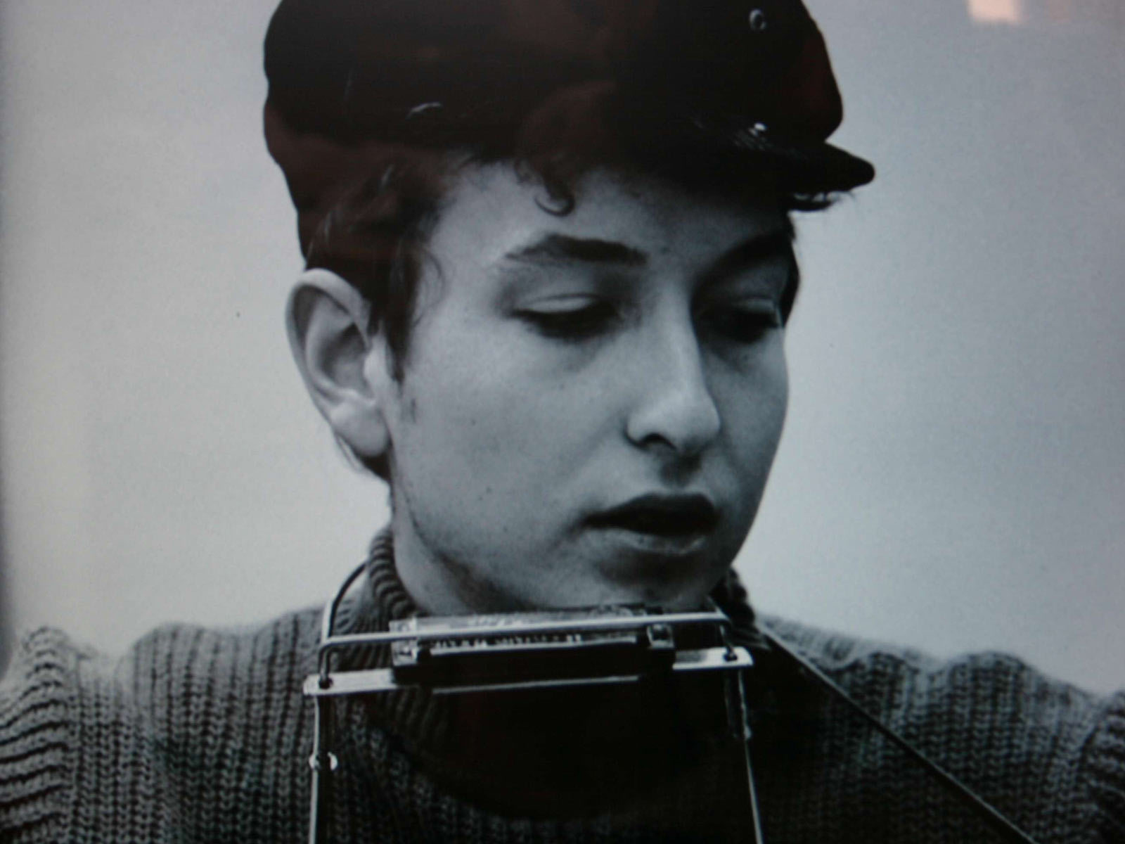 young bob dylan grayscale HD Wallpaper