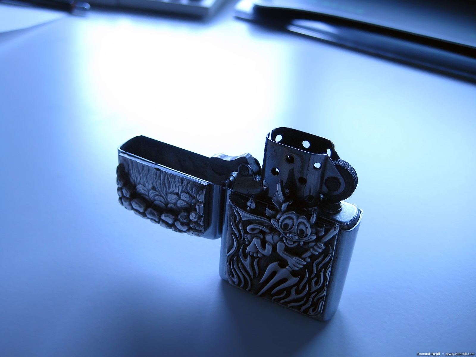 Zippo lighter HD Wallpaper
